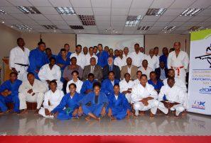 Judo certifica entrenadores en estructura de desarrollo