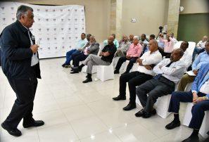 Presidente COD presenta programa ciclo olímpico a cronistas deportivos
