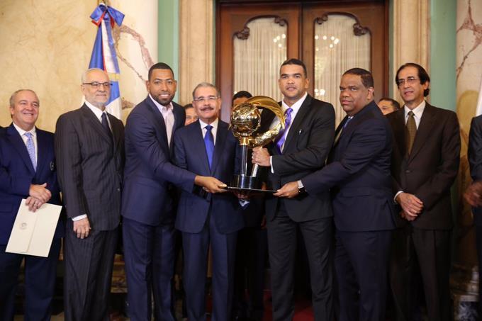 Danilo despide al Licey; les desea éxito en Serie del Caribe