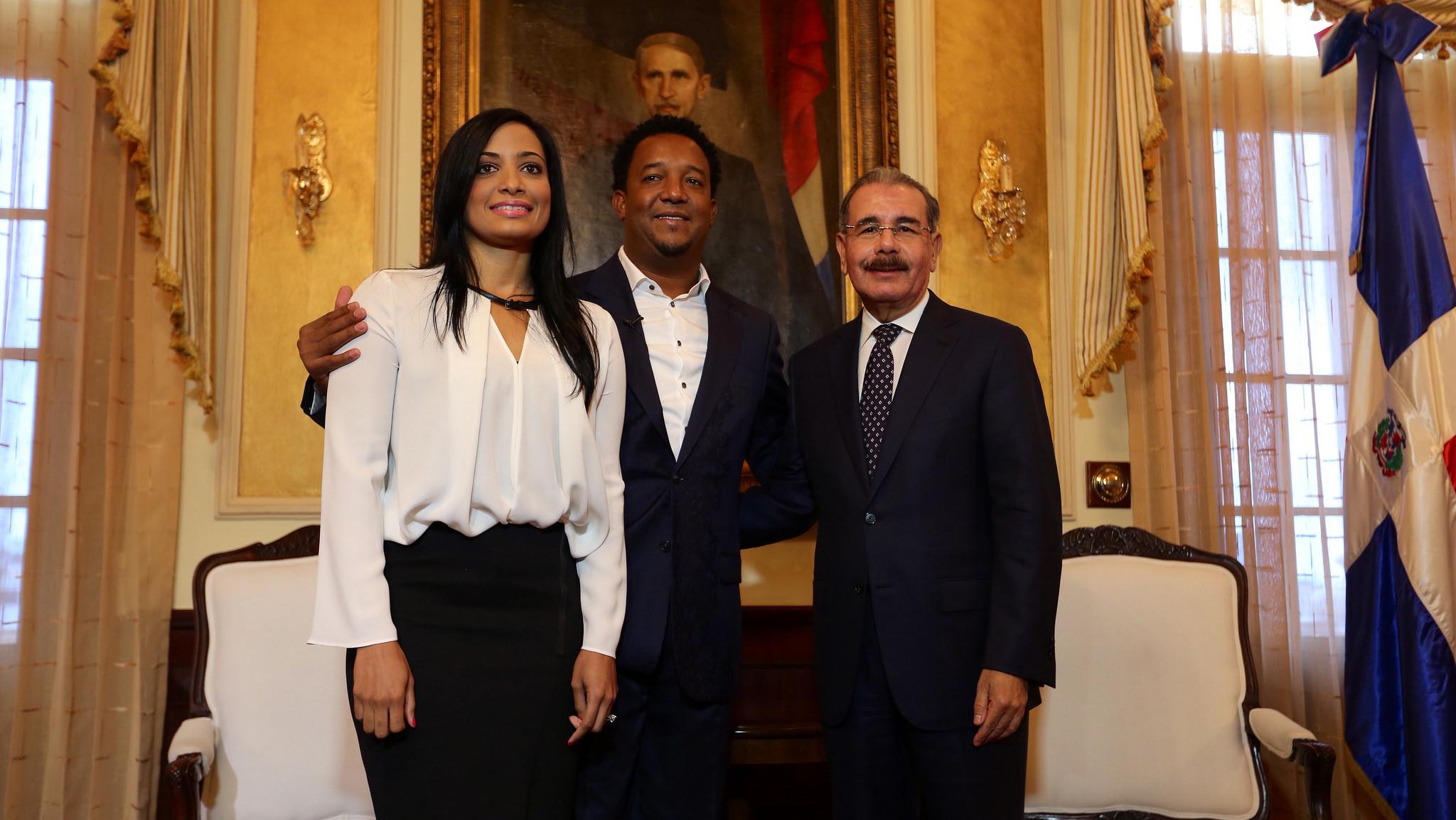 Medina expresa orgullo por exaltación Pedro Martínez