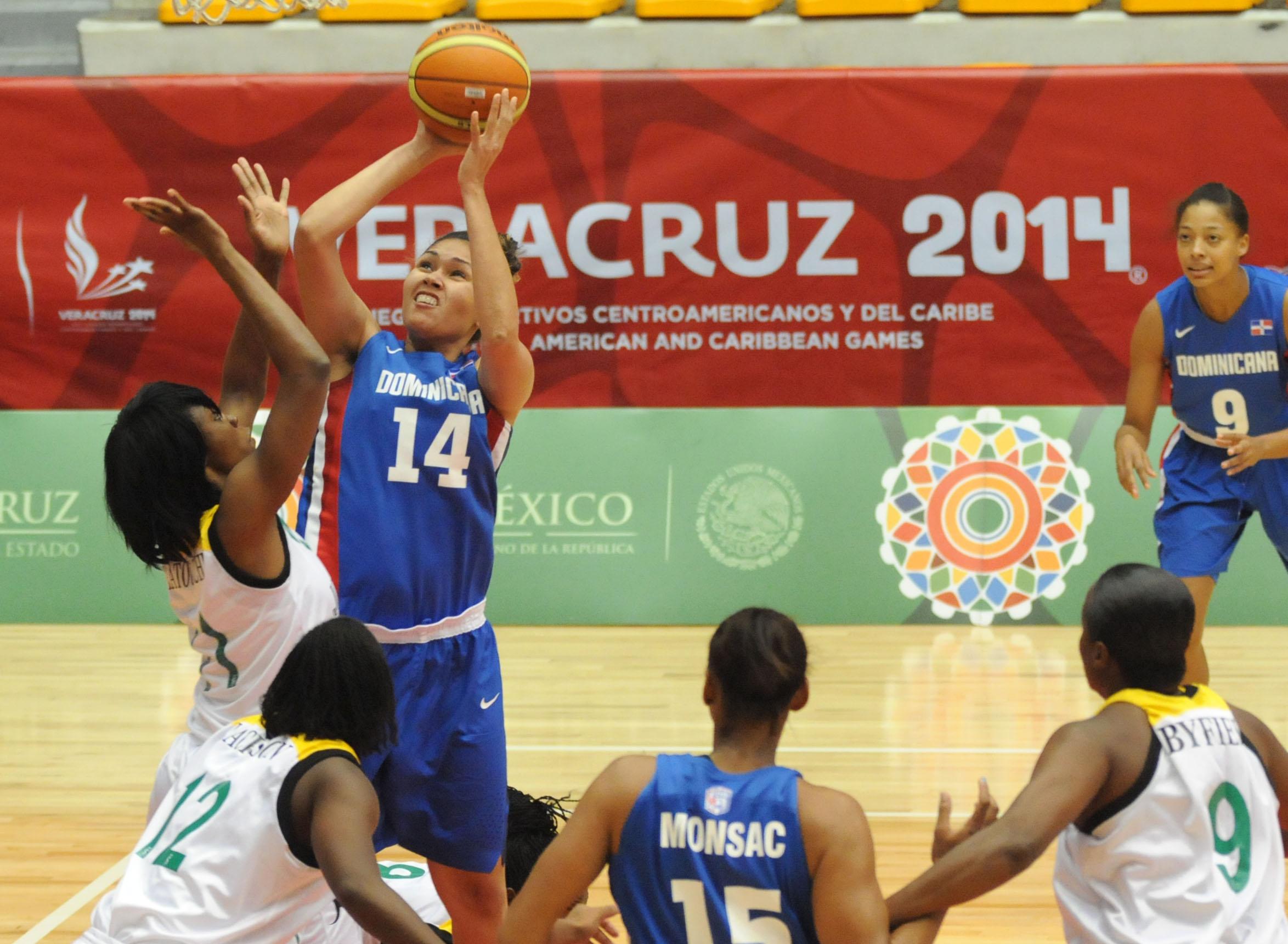 Equipo basket femenino supera a Jamaica