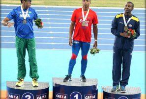 Del Carmen, oro en Iberoamericano; Reyes récord nacional