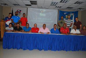 Fedona entrega certificados a participantes curso clavado