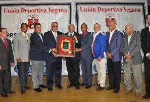 Unión Deportiva Vegana distingue al COD en 70 aniversario