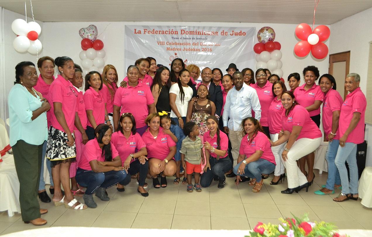 Fedojudo rinde homenaje póstumo a Altagracia en Día de las Madres