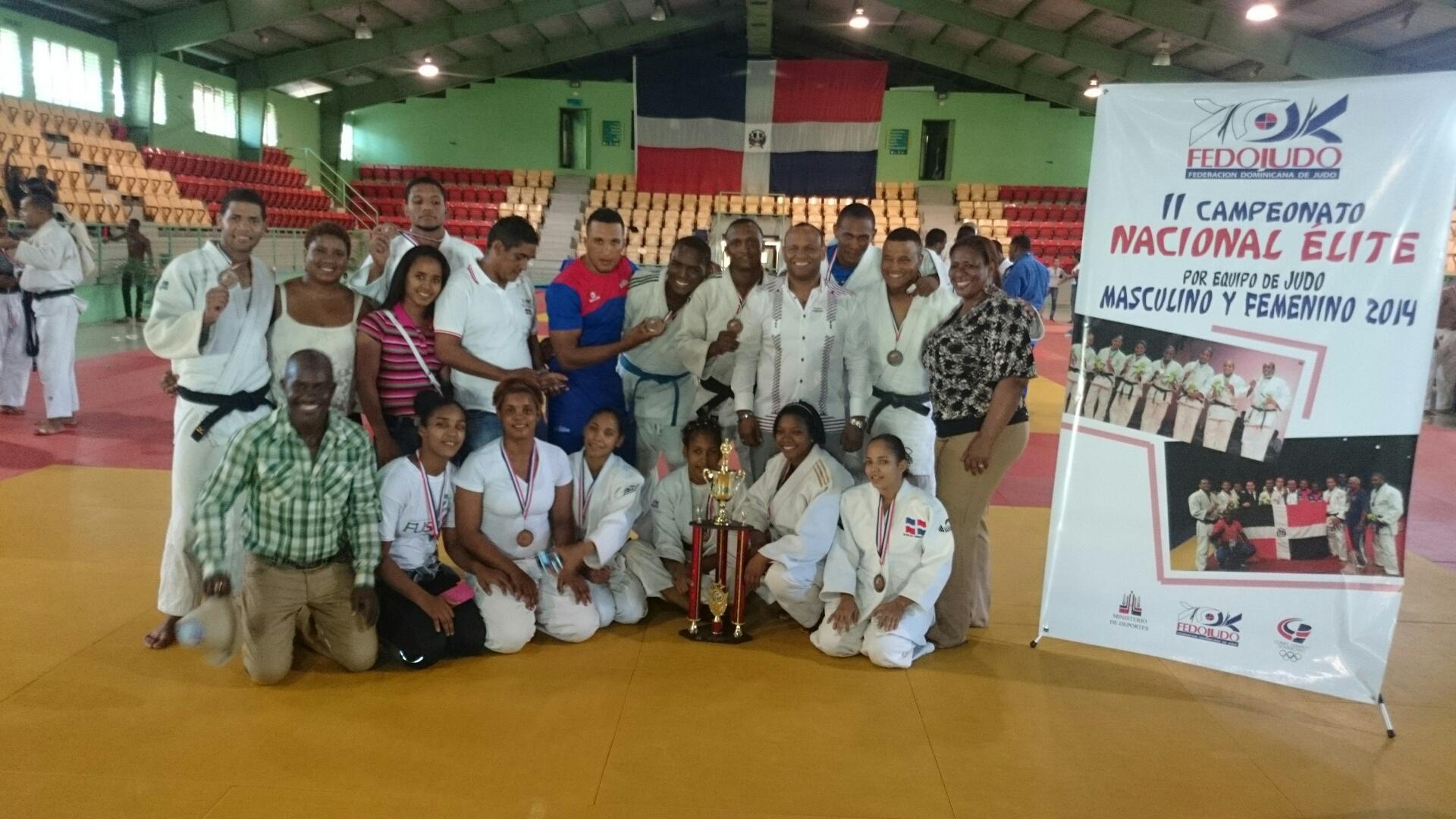 Zona Sur gana campeonato por equipo élite judo