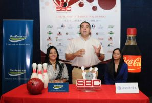 Bolicheros en disputa torneo internacional boliche