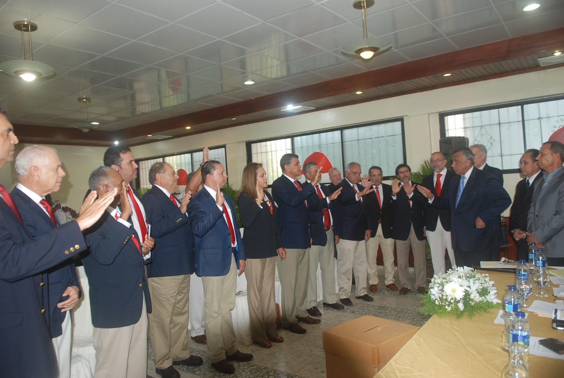 Rafael Villalona, nuevo presidente federación golf