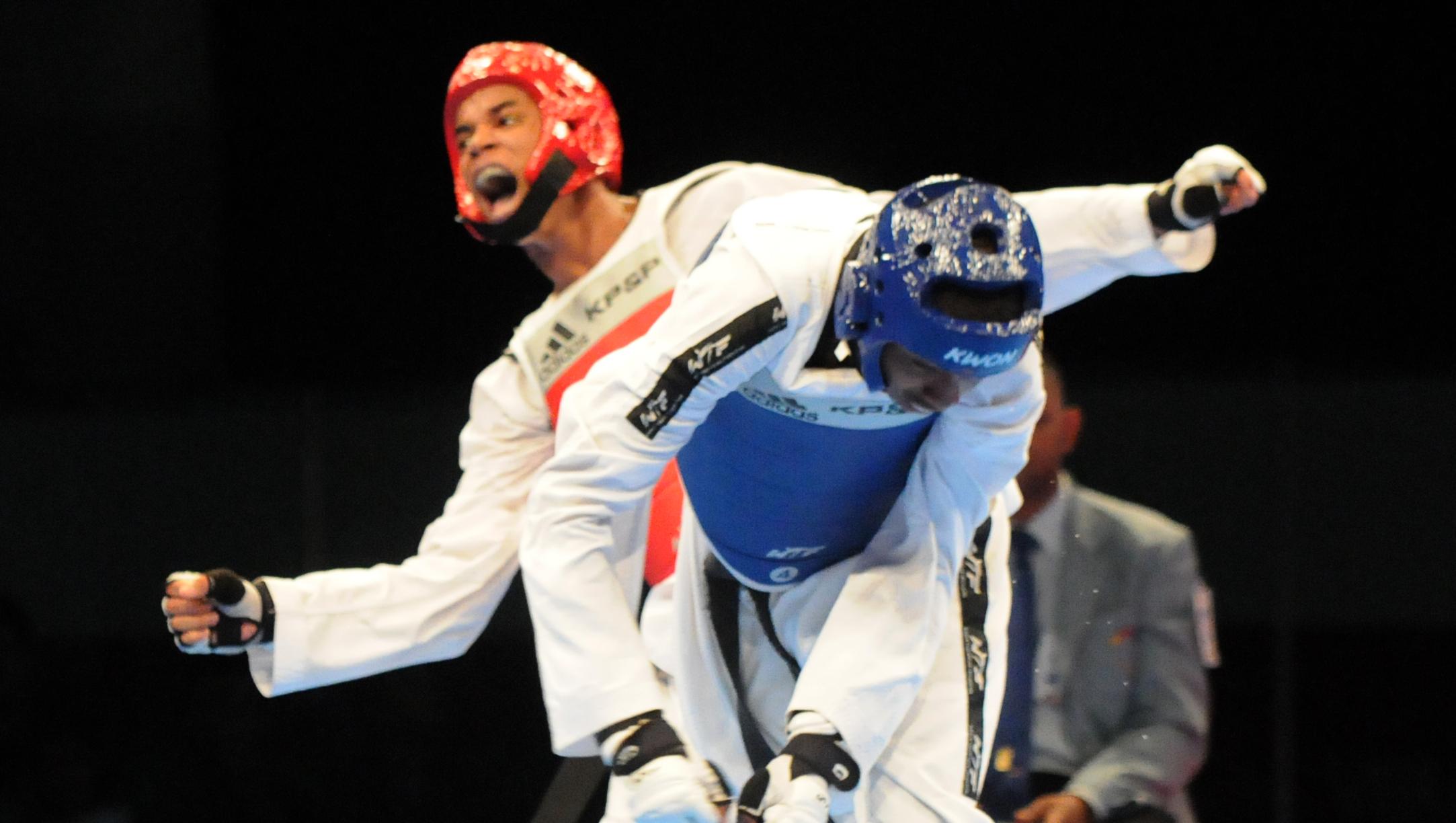 Ruddy Mateo oro y Víctor Feliz bronce en taekwondo