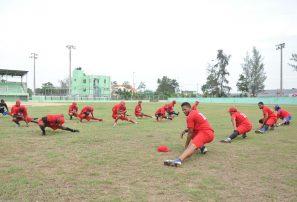 Federación de Softbol reabre academia molinete