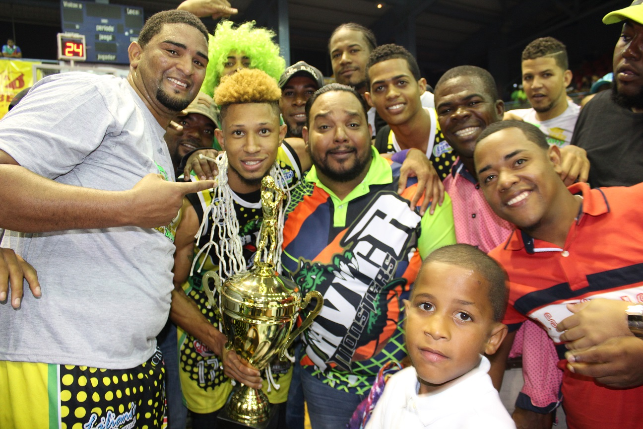 Club Savica, campeón torneo basket superior de Higüey