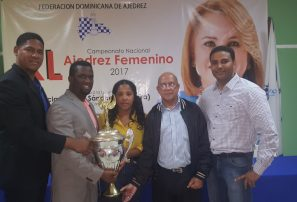 Jennifer Almánzar conquista torneo nacional ajedrez superior femenino