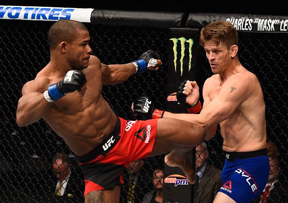 Dominicano García logró espectacular nocaut en UFC