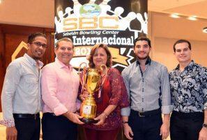 RD gana torneo invitacional del Sebelén Bowling Center