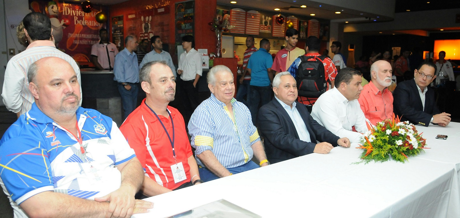 Con vistosa ceremonia inicia Centroamericano de Boliche