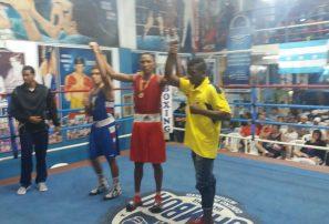Alexi de la Cruz gana oro en Copa de Boxeo