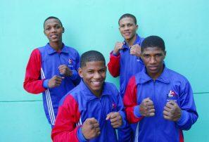 Presidente Medina felicita boxeadores ganadores de medallas