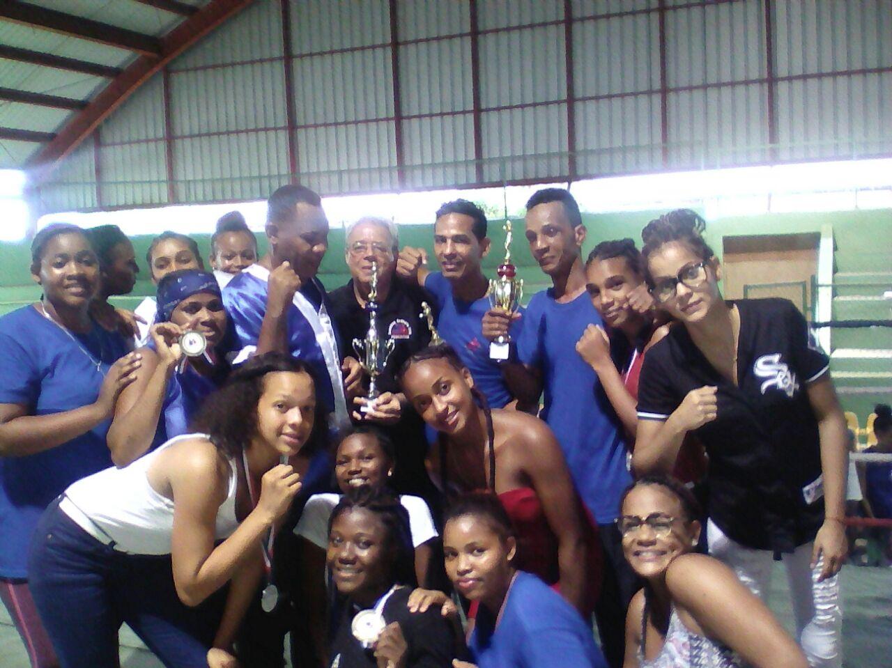 Santo Domingo logra título campeón nacional de boxeo femenino