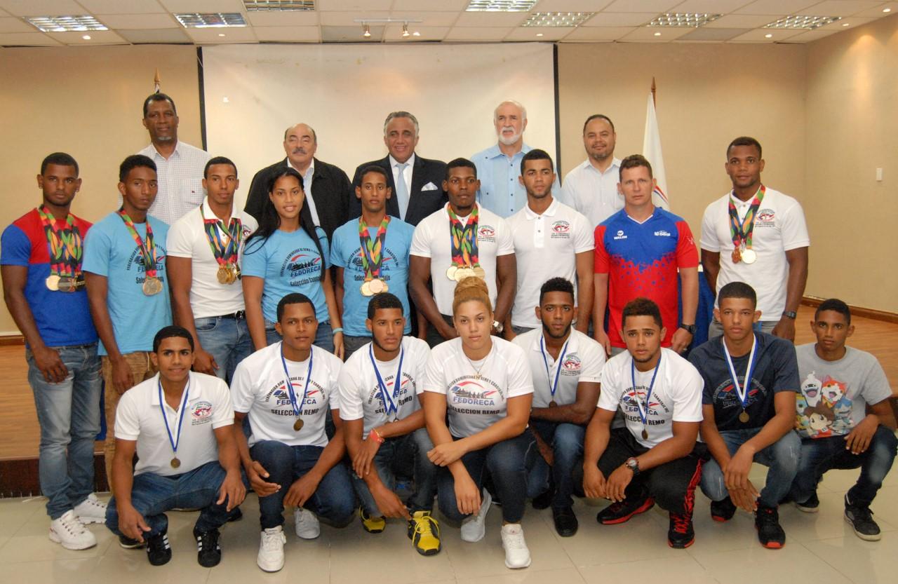 COD recibe medallistas canotaje en Festival Deportivo de Guatemala