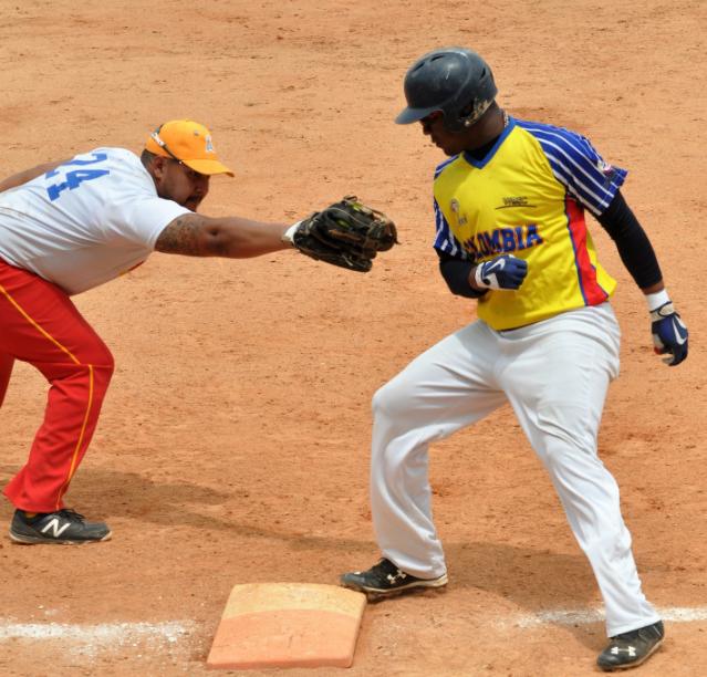 Argentina, Bahamas y Colombia triunfan en el Panam de Softbol