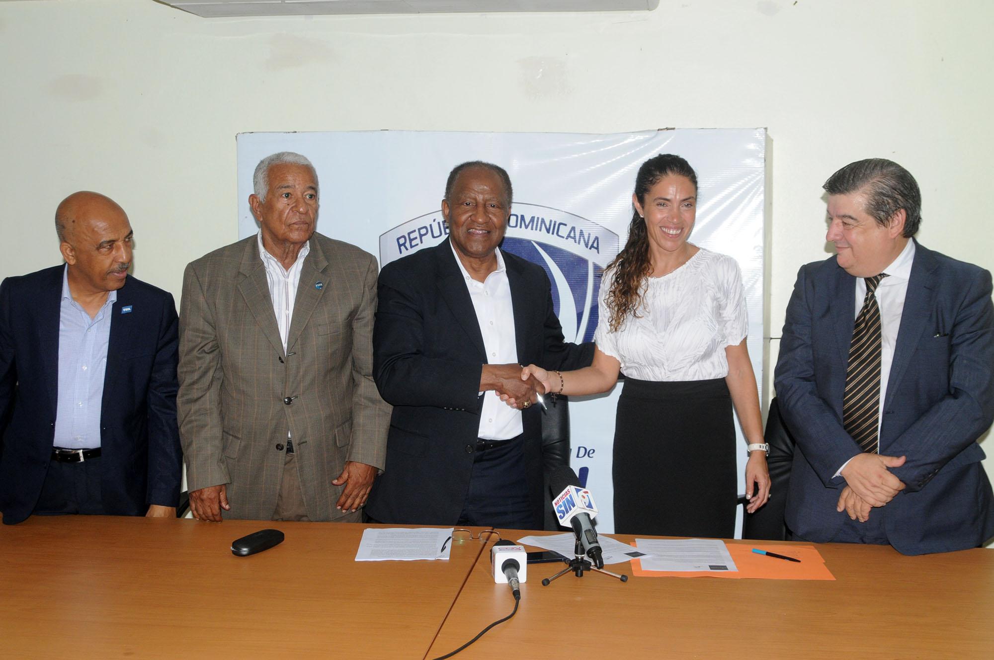 Fedofútbol logra acuerdo para apoyar selecciones nacionales