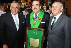 Marte felicita a Luis Mejia por su nominación al COI