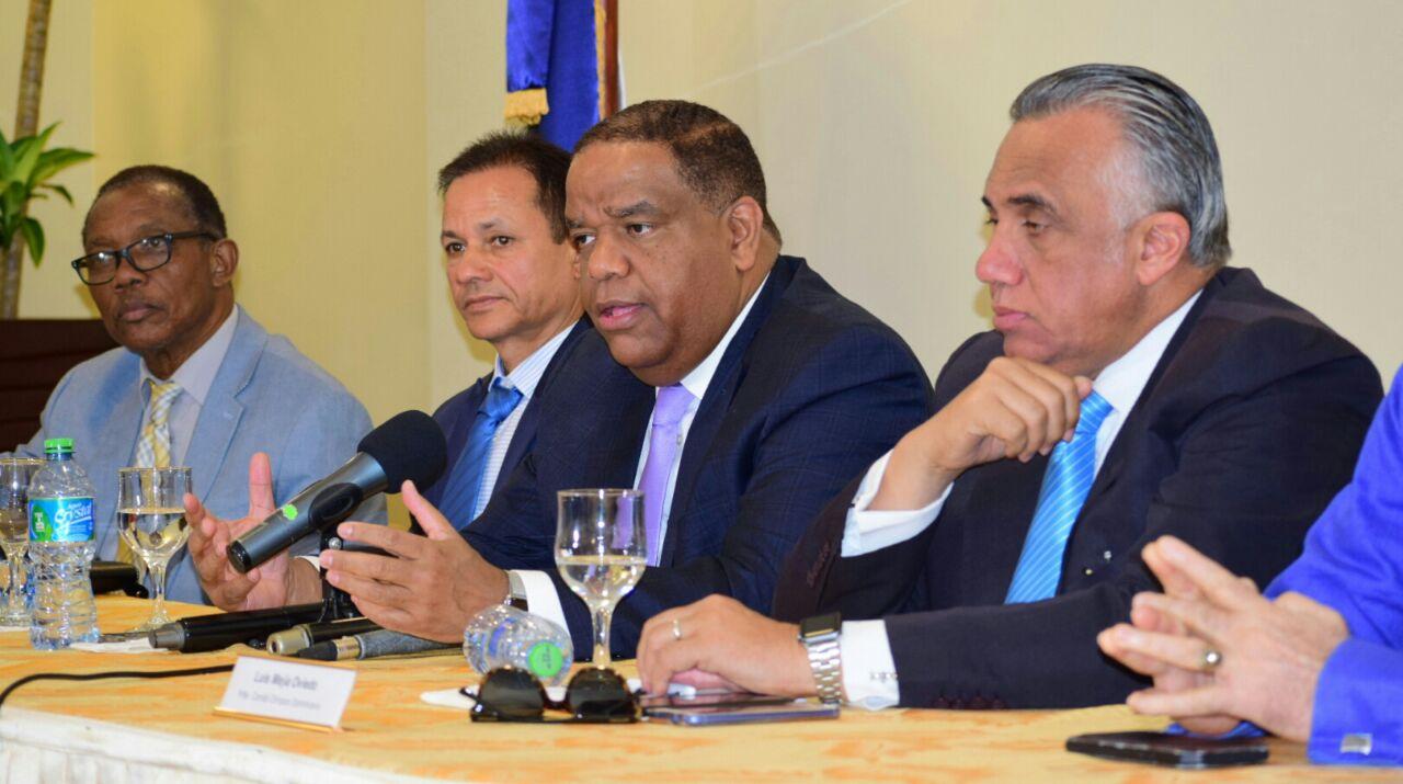 Díaz anuncia más de 1,300 atletas participarán Juegos Patrios de NY