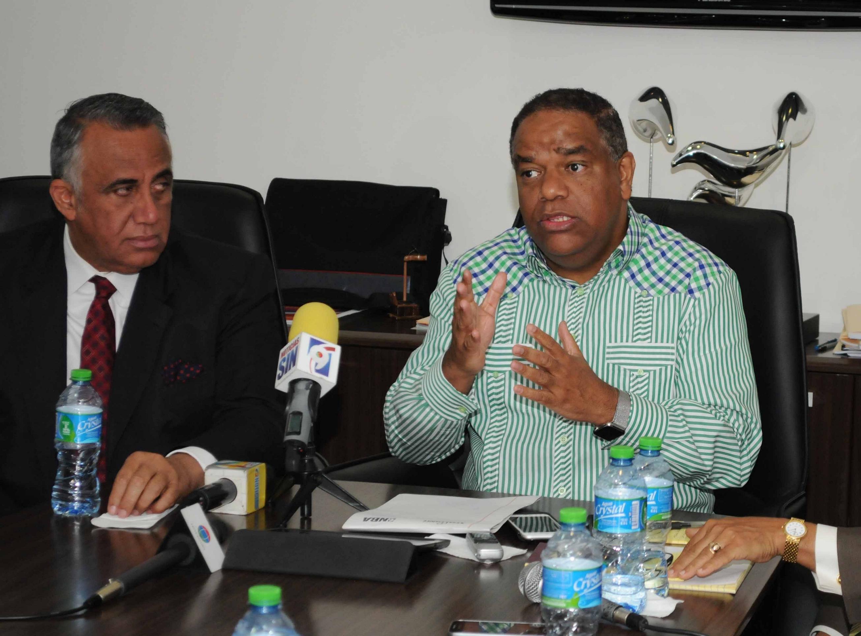 Ministro de Deportes saluda elección Luis Mejía en el COI