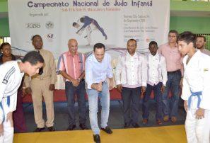 Polanco y Yoseph ganan oro en inicio campeonato infantil de judo