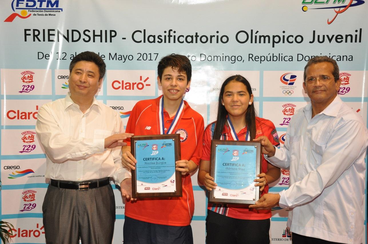 Tenismesistas Díaz y Burgos, clasifican a Juegos Olímpicos de la Juventud