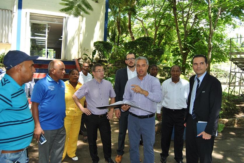 Oficiales de la FIFA visitan RD