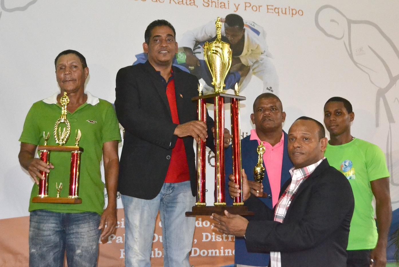 San Juan, campeón absoluto nacional superior de judo