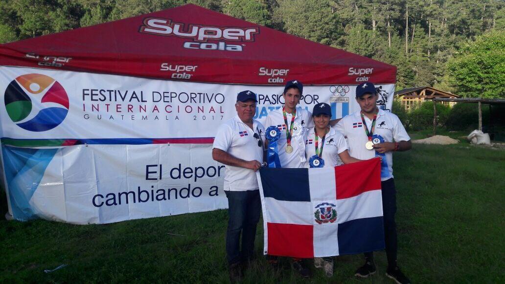 Selección RD conquista medalla de oro en Endurance de Guatemala
