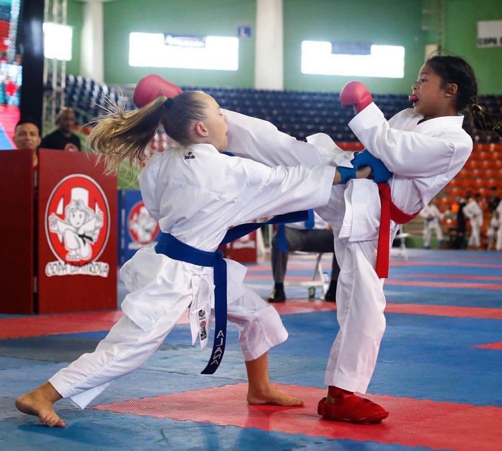 Rodríguez y Soriano, campeones open Copa Dimitrova de Karate