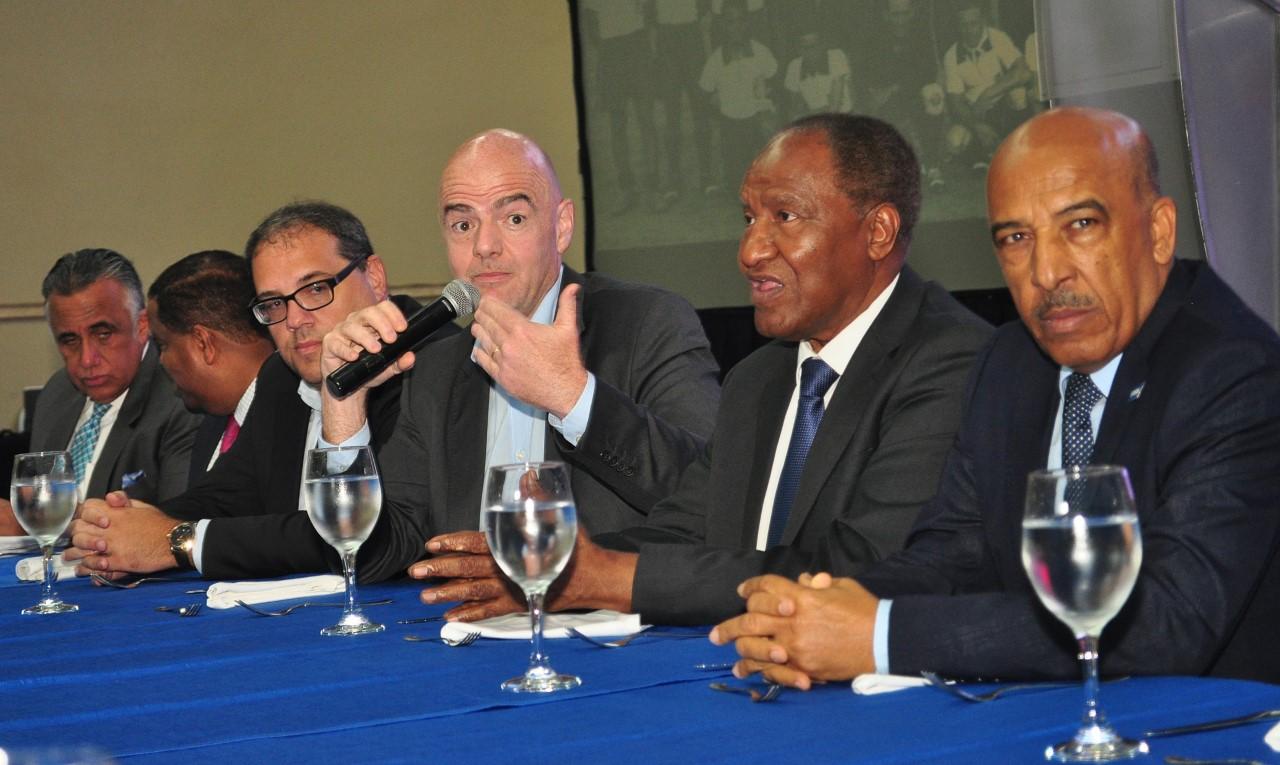 Presidente FIFA ratifica compromiso ayudar al desarrollo del fútbol RD