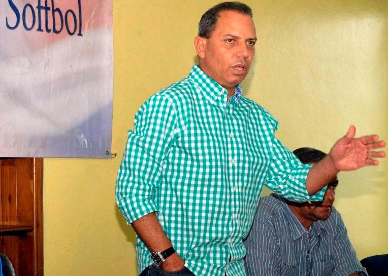 Fedosa expresa pesar por muerte de padre de Josué Polanco
