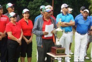 Golfistas del Cibao se disputan la II Copa de la zona Norte