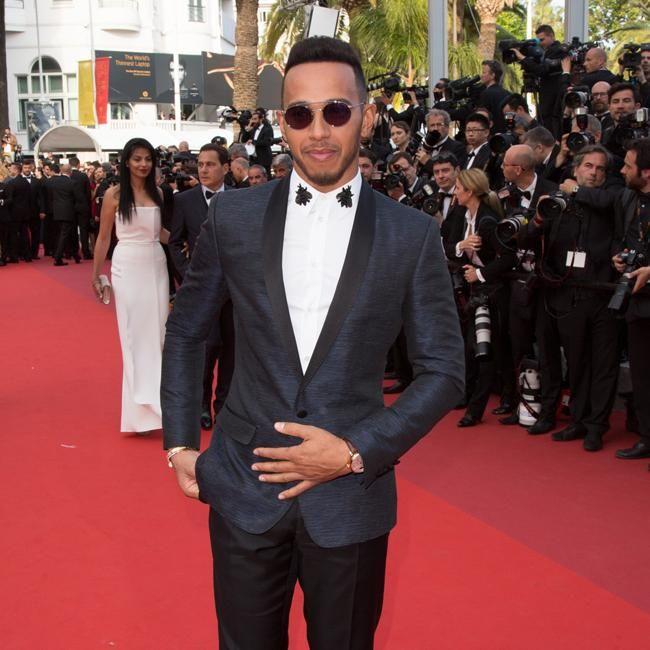 Lewis Hamilton sigue trabajando en su futuro como estrella de la música