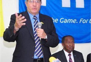 Árbitros de fútbol RD recibirán adiestramiento internacional