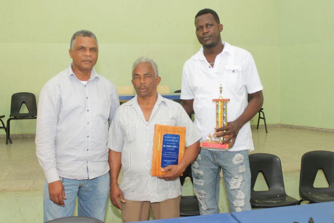 Nelson Ortíz, campeón ajedrez superior masculino de Monte Plata