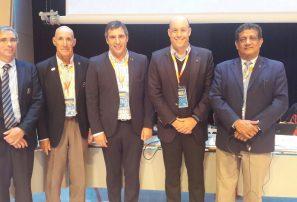 Dominicano Peña León es elegido para Unión Internacional de Triatlón