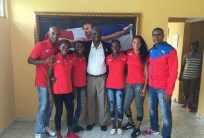 Delegación de atletismo RD parte a Campeonato Mundial