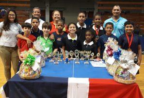 Selección tenis de mesa logra primer lugar campeonato Caribeño
