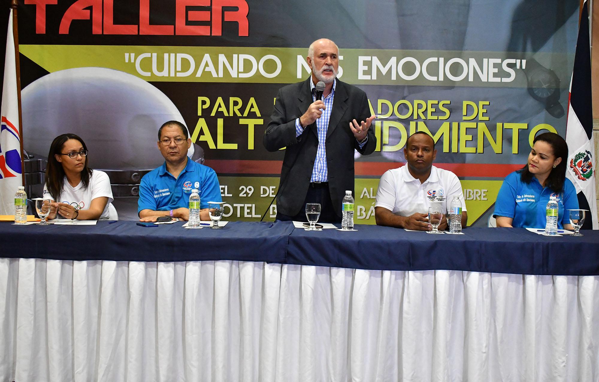 Solidaridad Olímpica COD imparte taller a entrenadores