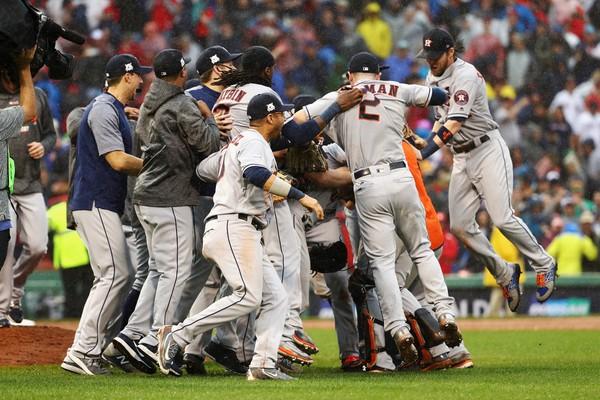 Astros eliminan a Medias Rojas; Cubs derrotan a Nacionales y Yanquis igualan serie