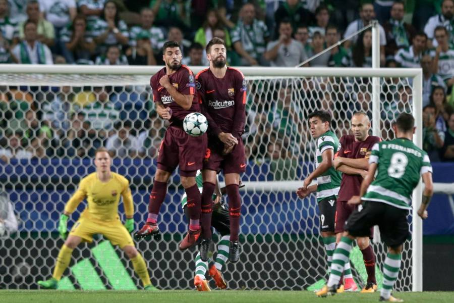 Barcelona sufre pero se lleva triunfo con autogol en Champions