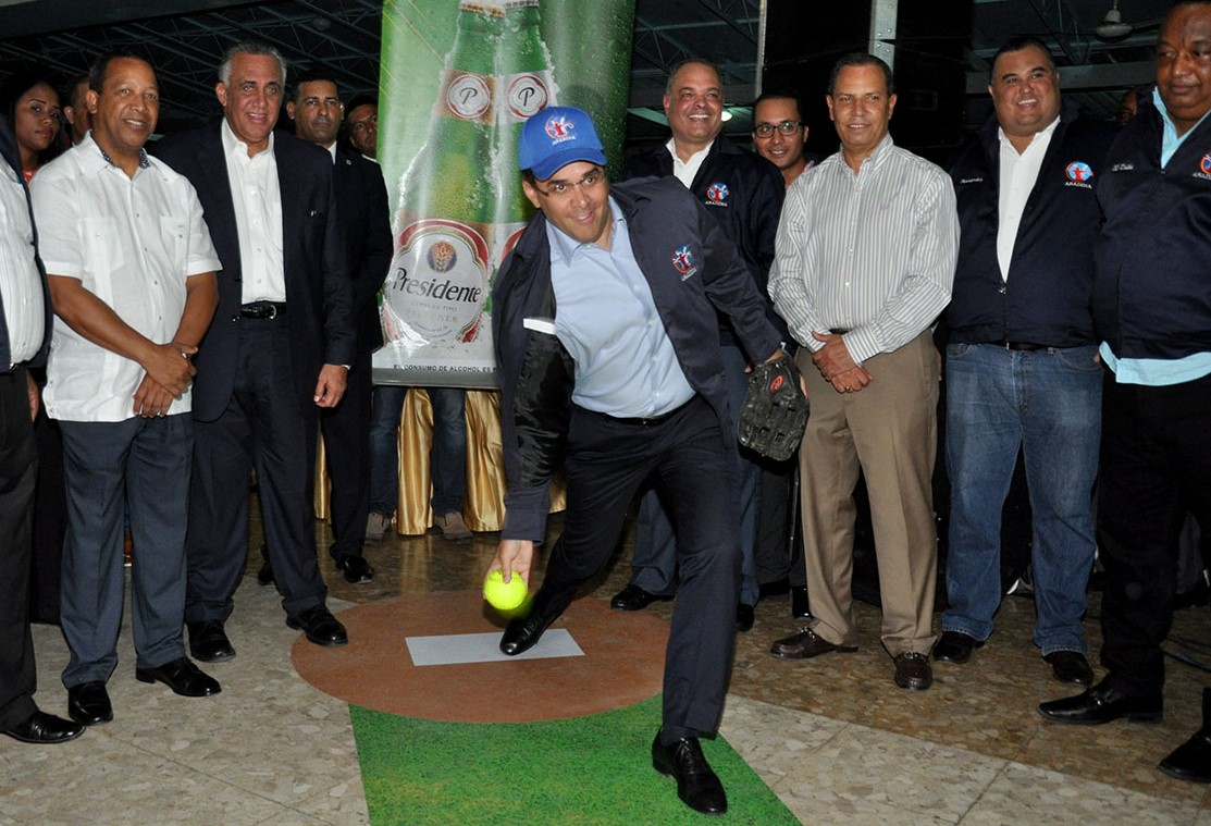 Alcaldía DN hará obras en sector equipo gane XXXVIII Sóftbol de Ligas