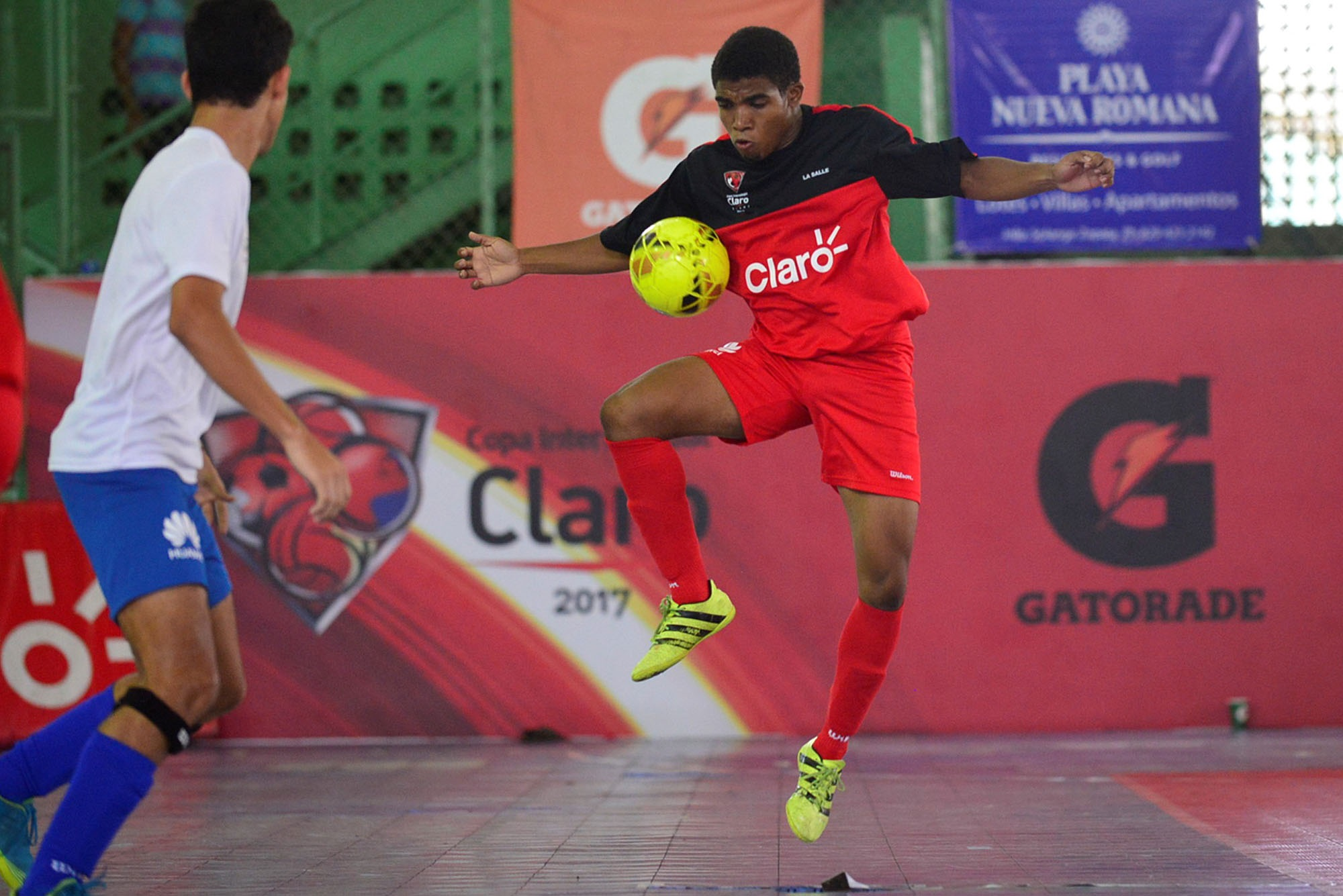 Diez equipos se mantienen invictos en Intercolegial Futsal