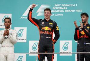 Verstappen, de Red Bull, gana el Gran Premio de Malasia