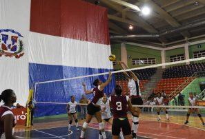 Selecciones de UNEV y la UASD triunfan en inicio Juegos Universitarios